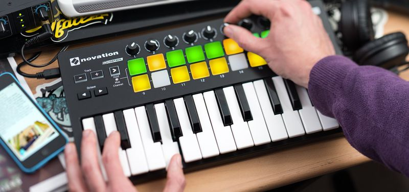 Launchkey Mini Mk2 : novation launchkey mini mk2 soitinasema daw ohjaimet ~ Hamham.info Haus und Dekorationen