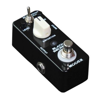 MOOER Black Secret distortion pedaali